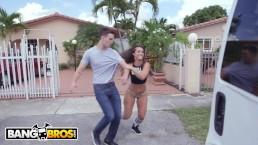 BANGBROS – Latin PAWG Kelsi Monroe Taking Dick From Random Guys