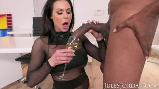 Jules Jordan – Big Tit MILF Star Kendra Lust Has A BBC Celebration