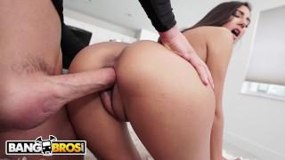 BANGBROS – Young Teen Gianna Dior Rides Tyler Steel's Big Cock