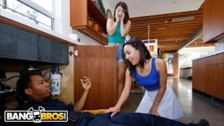 BANGBROS – Amara Romani And Izzy Bell Seduce Ricky Johnson