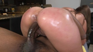 BANGBROS – Hot PAWG Skyler Luv Enchanted By Massage Client's Big Black Cock