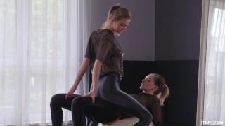 Strapless Dildo Workout Lesbians Kissing And Scissoring Silk Leggings
