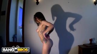 BANGBROS   Delicious White Girl With Amazing Big Ass (Gabriella Paltrova)