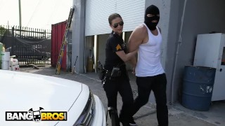 BANGBROS   Officer Molly Jane Catches A Criminal In The Act And Makes Him P